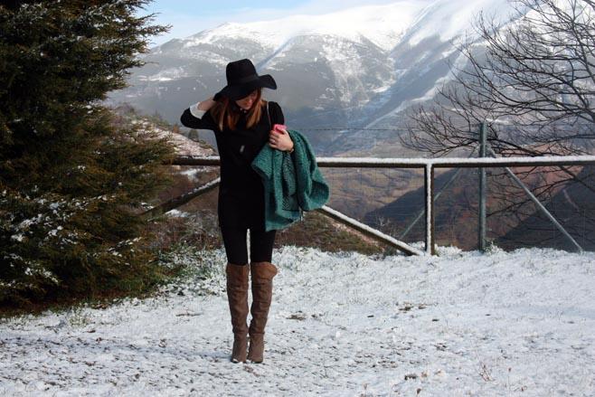sombrero en la nieve
