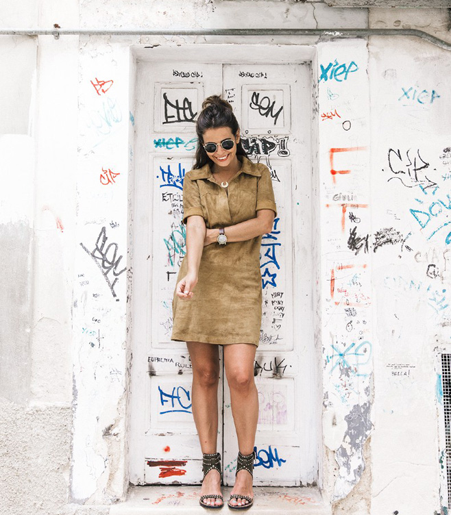 Suede_Dress-Louis_Vuitton_Red_Bag-Monogram.Isabel_Marant_Sandals-Outfit-Street_Style-Conversano-Italy_Road_Trip-3-790x1185