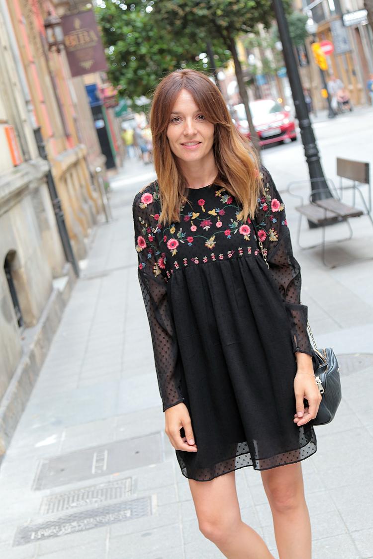 muy agradable ventas especiales productos de calidad Vestido de Plumeti y flores - Comparte Mi Moda